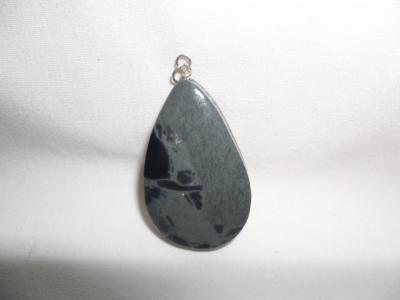 Colgante de obsidiana manchas azules