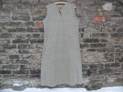 Vestido de Mujer oriental hecho de Cáñamo y Algodón