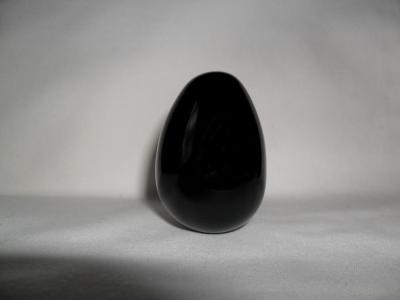 Medium Black Obsidian Egg